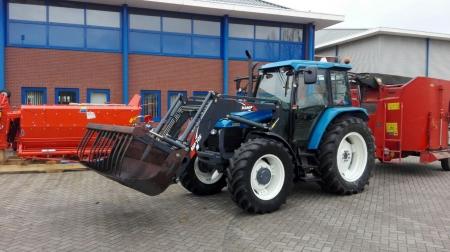 New Holland TS90 afgeleverd bij Kemp