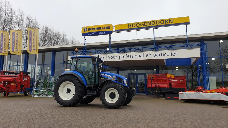 New Holland T5.95 DC afgeleverd bij Manege Zonneveld Baarn