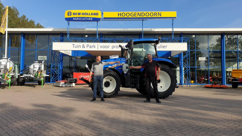 New Holland T6.145 EC geleverd aan M. van Noort Loon en Verhuurbedrijf
