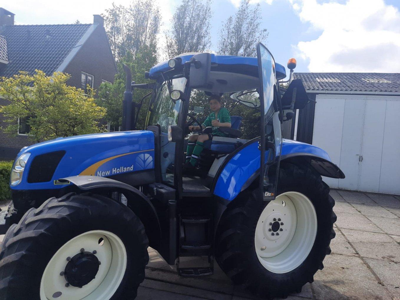 Klant heeft gekozen voor een New Holland T6020